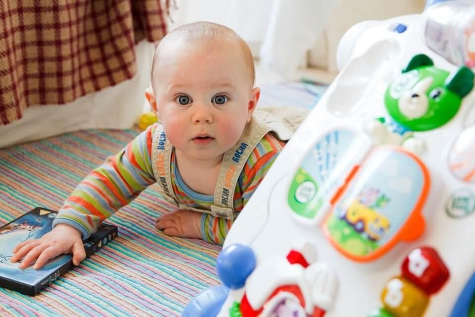 pierwsze buciki niemowlęce